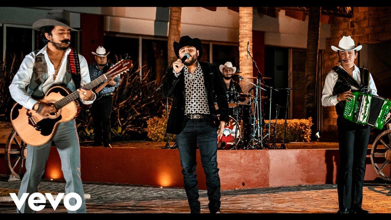 Gerardo Ortiz, Los Dos Carnales - El Ranchero (Official Video)