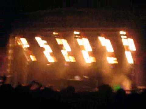 Tiësto @ Victoria Park London 09 Compilation 2/2