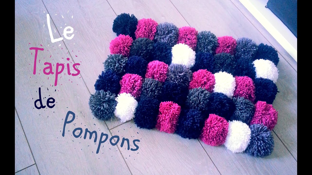 diy comment faire un tapis avec des pompons youtube. Black Bedroom Furniture Sets. Home Design Ideas