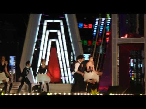 111028 hallyu beach concert-Strong baby(BIGBANG SeungRi solo)