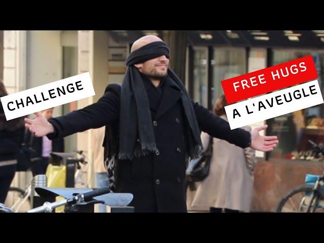 Je fais des FREE HUGS / CALINS GRATUITS à l'AVEUGLE! - Que va-t-il se passer?