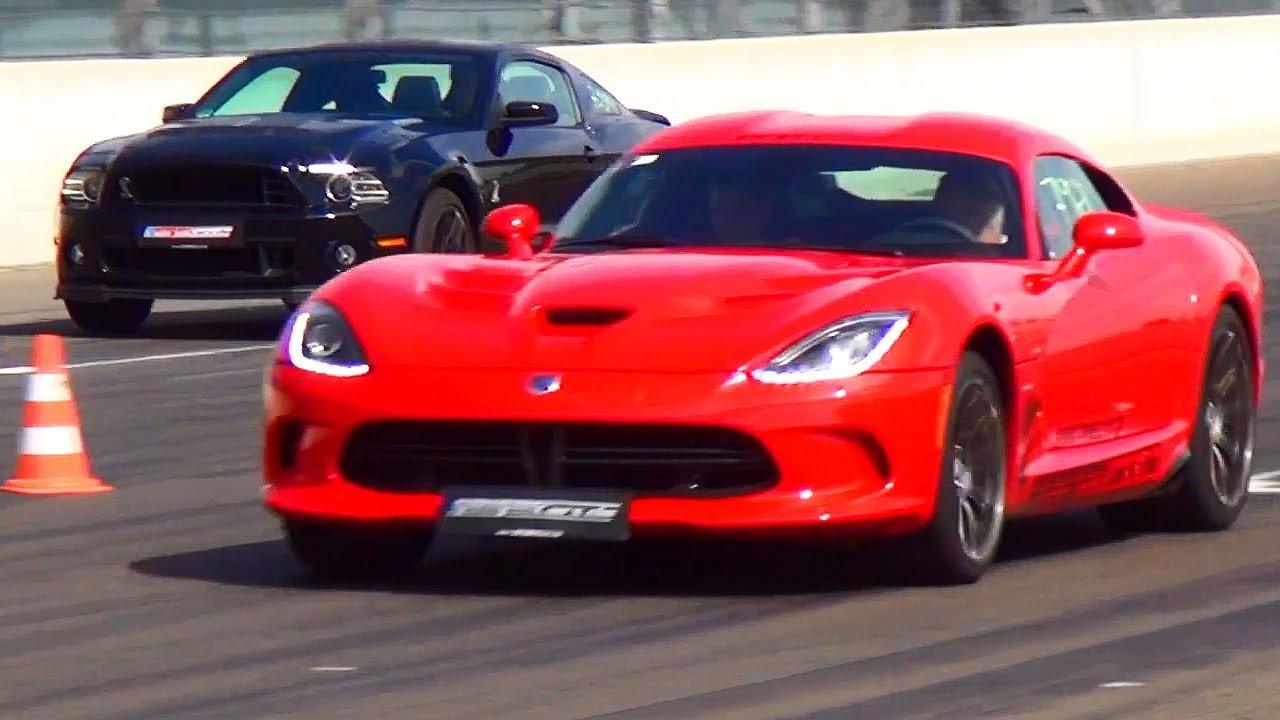 SRT Viper vs Ford Mustang Shelby GT 500 Drag Race Viertelmeile Rennen ...