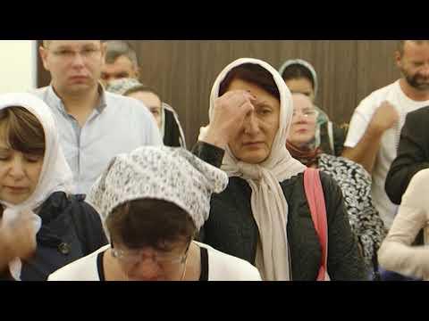 В храме во имя святого князя Андрея Боголюбского на Волжском начались регулярные богослужения.