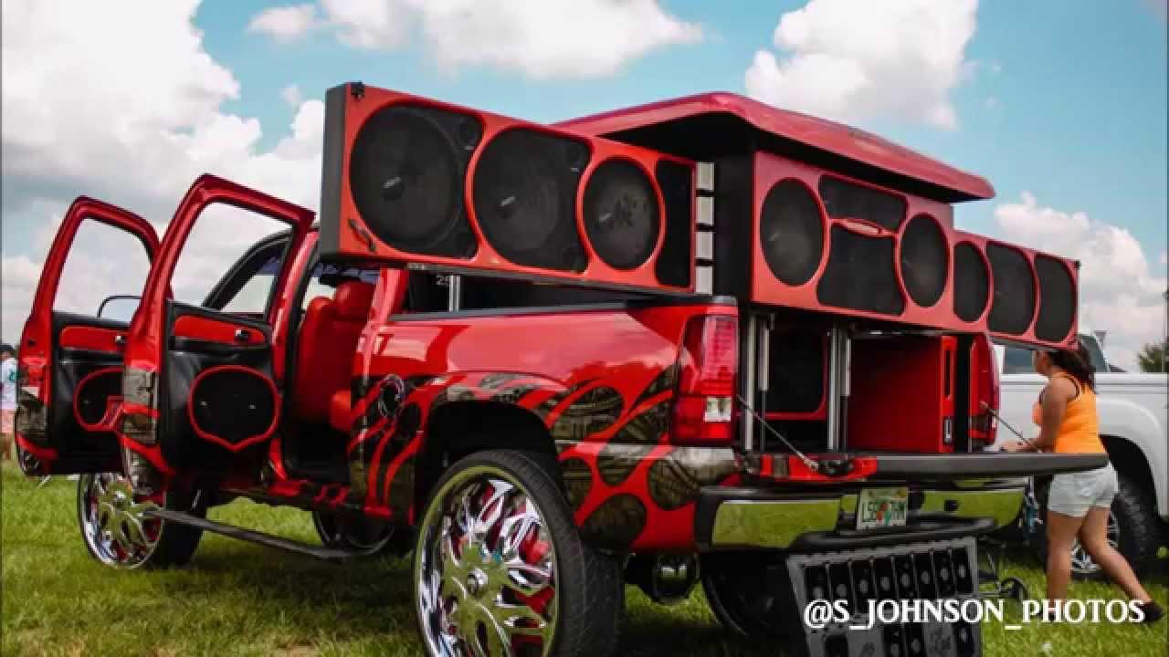 Speakers Everywhere In A Silverado On 32 Inch Dub Wheels Hd