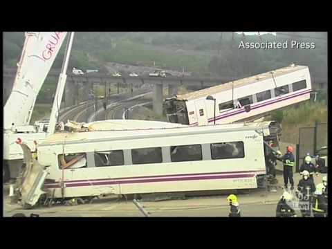 Spanish Train Crash Video | Train Crash in Spain Is Worst in 40 Years