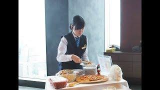 【Service】焼き立てピザやクロワッサンをワゴンサービス