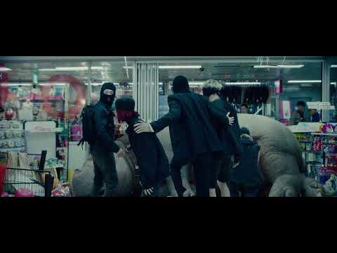 most-creative-movie-scenes-from-okja-(2017)
