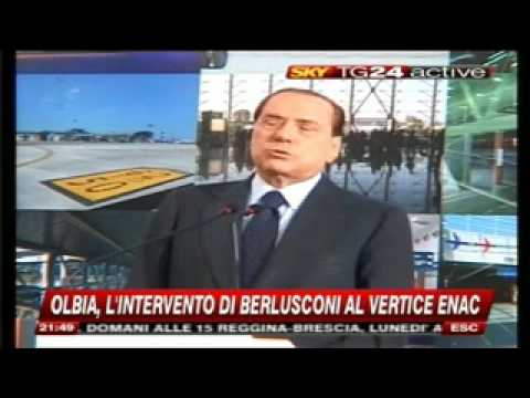 BERLUSCONI CONFERENZA AD OLBIA 23 112009 2 Converted