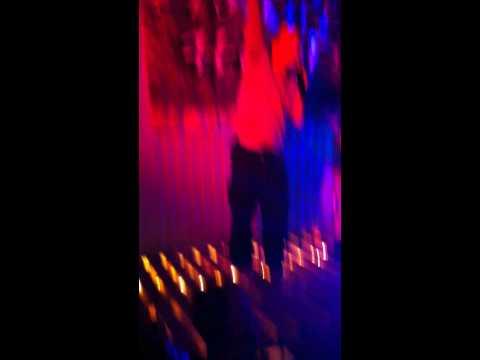 Mr.Dua Leo in S-hood Show part 1