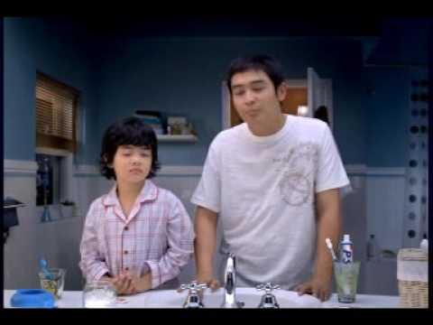 Ba Nam & Bo: Ngủ với con gà