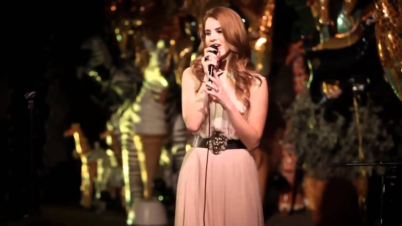 lana del rey born to die acoustic live poolside at