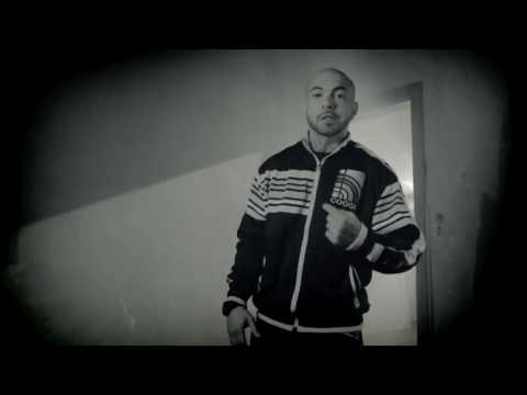 Kool Savas 'Immer wenn ich rhyme' feat. Olli Banjo. Azad & Moe Mitchell (Official HD Video).mp4