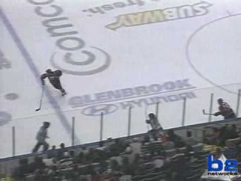 K-Wings Glenn Detulleo scores in Fort Wayne