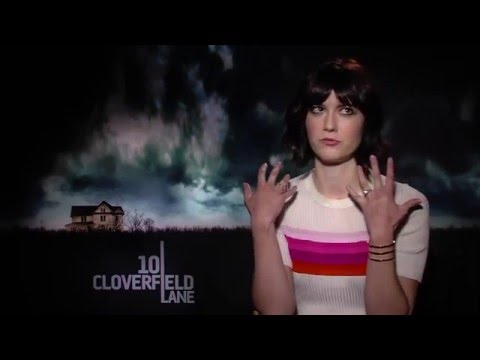 Mary Elizabeth Winstead on what scares her and how to act scared...   (10 Cloverfield Lane)