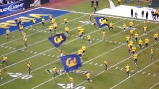 2008 Emerald Bowl - Cal Bears take the field