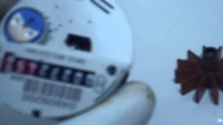 Любой счётчик можно остановить магнитом(Если ваш водяной счётчик не останавливается магнитом, то это легко исправить и сделать свой счётчик зависи..., 2015-12-19T09:37:12.000Z)