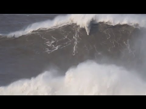 Biggest Waves of the Year 2014- Billabong XXL