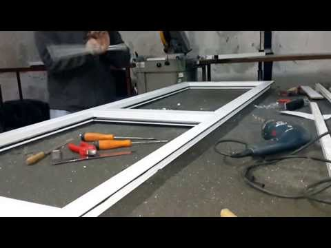 fabrication porte en aluminium vitrée
