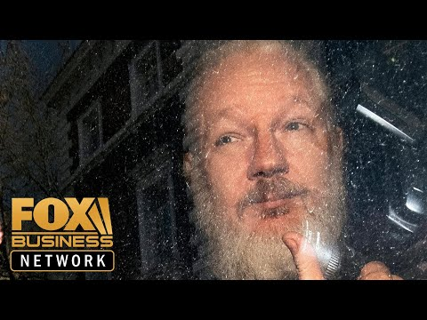 "Jerome Corsi: Julian Assange Has Information That Could ""Destroy The Russian Hoax"""