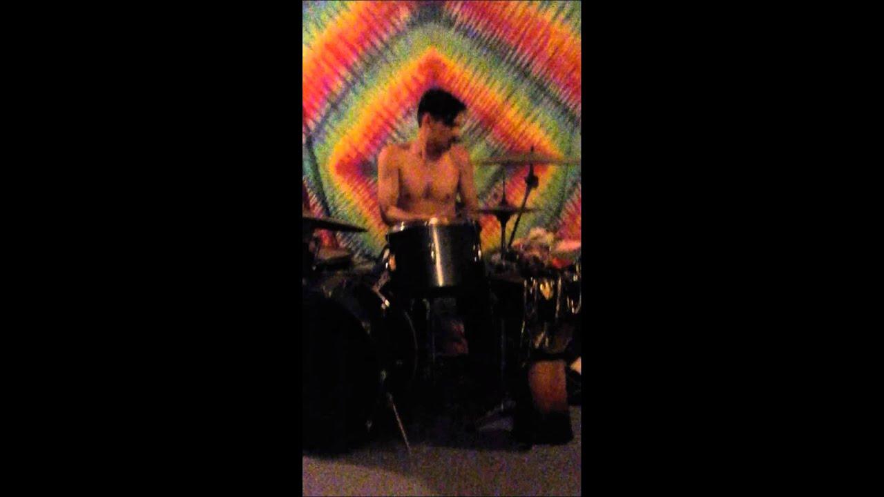 Drum'en out - YouTube