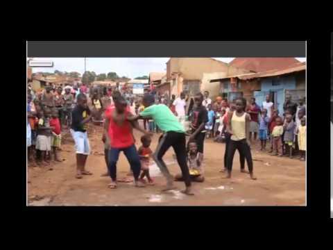Màn nhảy ấn tượng đáng yêu của các em bé châu phi 2015