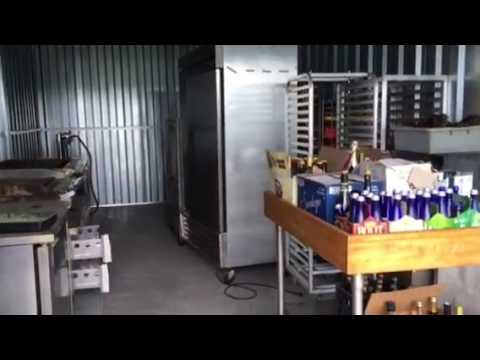 Hurley Auctions Online Storage Unit 1006 Video Youtube