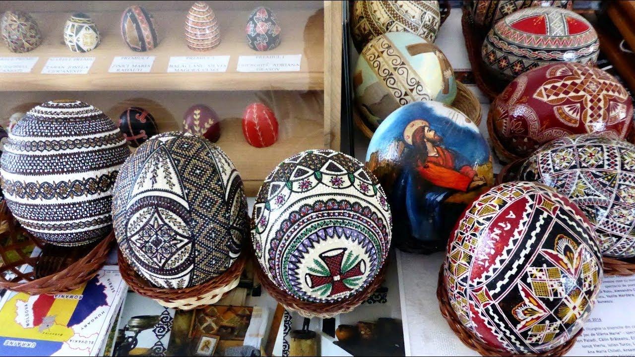 Muzeul Ouălor Încondeiate - LUCIA CONDREA - Eggs Museum (Moldovita,  Bucovina, Romania) - YouTube