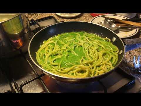 Spaghetti con salsina di rucola e pecorino (la semplicità)