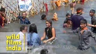 Holy dip at river Yamuna during Ganesh Immersion, Delhi