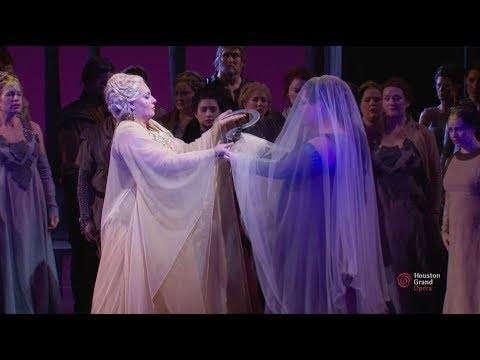 Bellini's Norma at Houston Grand Opera