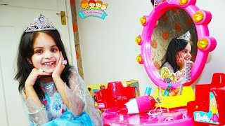 Katy Cutie Dress up Play for PRINCESS PARTY and Makeup | KatyCutieShow
