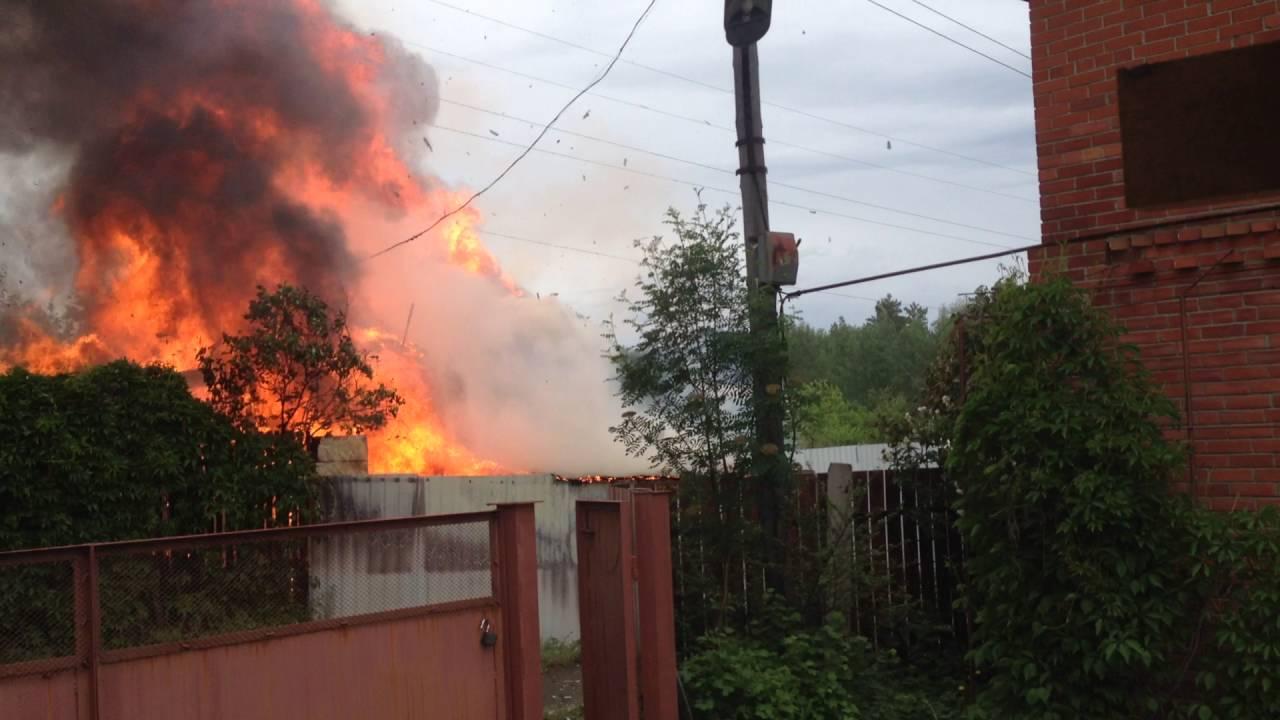 пожар во мценске в магазине весна фото дикая