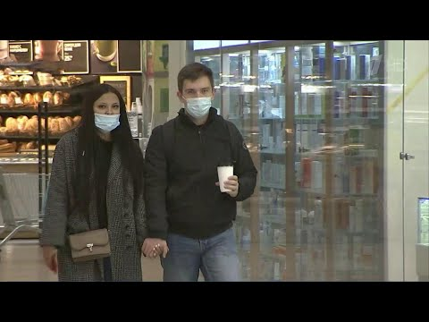 Ситуация с распространением коронавируса в России остается напряженной.
