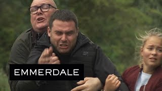 Emmerdale - Robert Turns Himself in to the Police to Save a Heartbroken Aaron