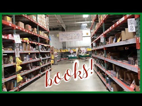 MY FIRST SCHOLASTIC WAREHOUSE SALE   Vlogmas Day 7