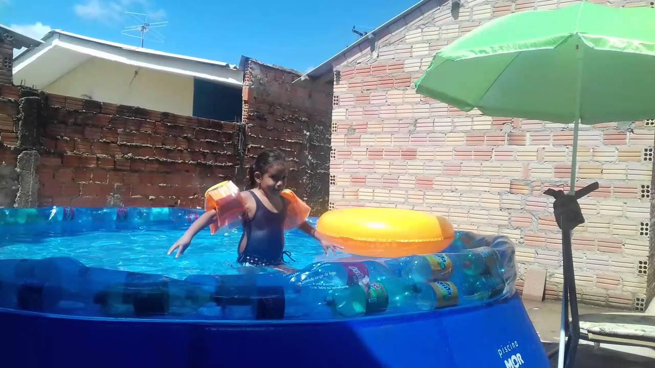 Garrafas petts a solu o para sua piscina de pl stico que for Alberca 8 de julio