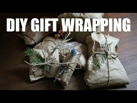 DIY gift wrapping with recycled paper (zero waste)