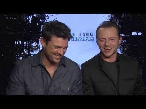 Karl Urban & Simon Pegg's Star Trek Into Darkness Interview - Celebs.com