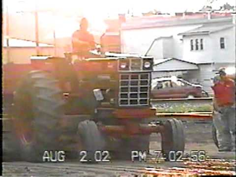 UNION CITY, OH FARM STOCK TRACTOR PULL 2002