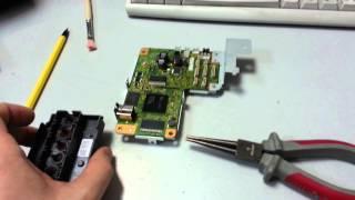 Ремонт принтера Epson L800! Repair the printer Epson L800(Если ваш принте перестал печатать и просто в пустую передвигает каретку то данное видео вам поможет с решен..., 2015-05-04T19:04:05.000Z)