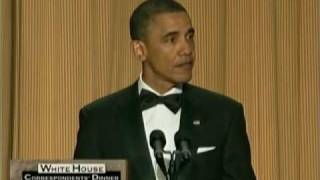 President Obama Roasts Donald Trump At White House Correspondents' Dinner! thumbnail
