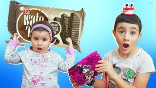 Super Celina and hasouna Play with Chocolate | سوبر سيلينا وحسونة شوكولاطة للاطفال