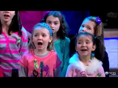 Sandy Hook : Somewhere Over the Rainbow (feat. Ingrid Michaelson)