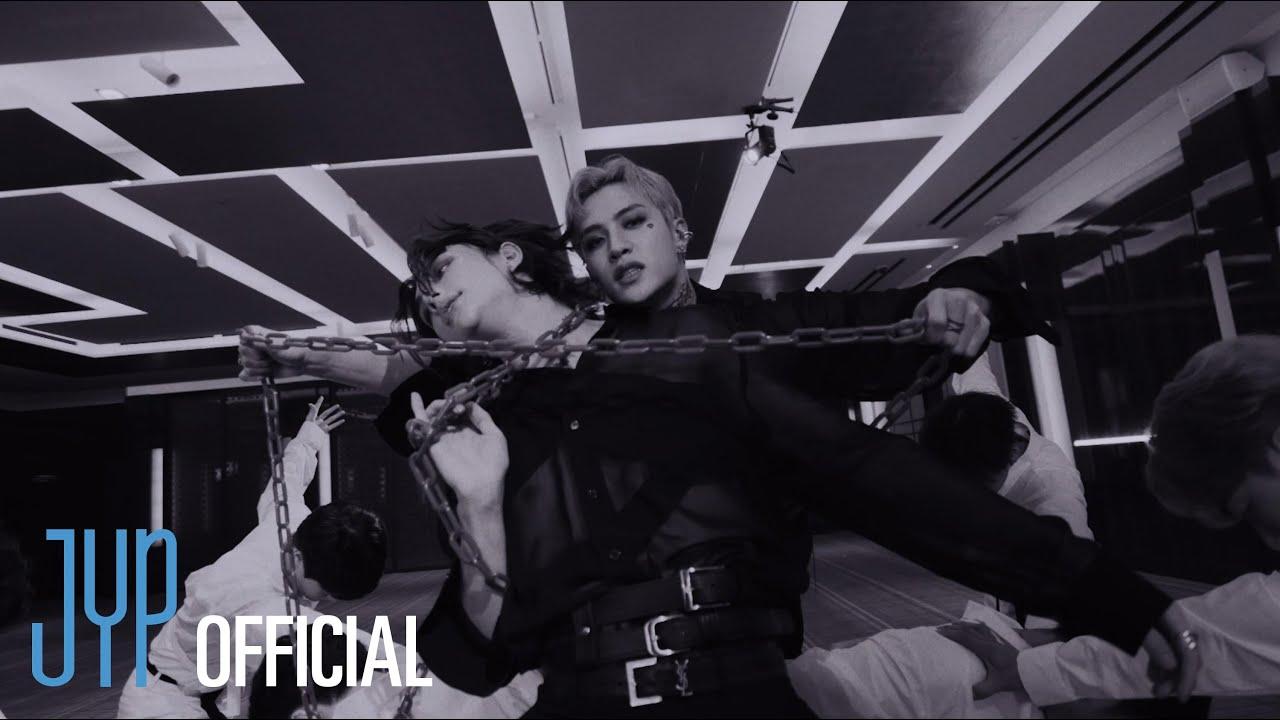 "PlayTube Music: Stray Kids ""강박 (방찬, 현진)"" Video"