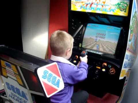 Space Harrier (Arcade), deluxe - YouTube