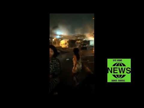 URGENTE: Caminhão de gas bateu e derrubou passarela que atinge vagão de Metrô, no Rio