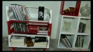 Mini estante feita com caixote de feira
