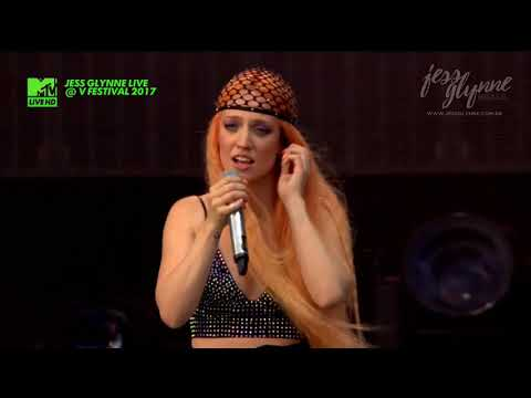 Jess Glynne - Don't Be So Hard On Yourself (Live @ V Festival 2017)