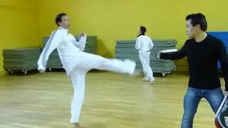 Taekwondo Championnat de paris 2012 (© Taekoo):Echauffement groupe 1
