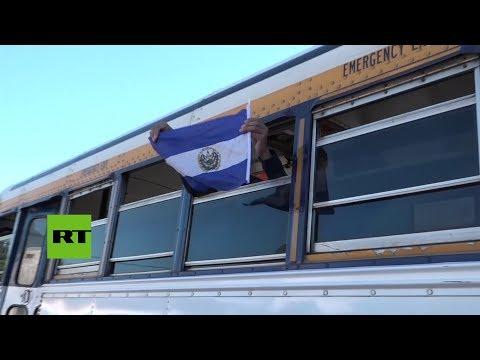 Una nueva caravana de migrantes sale de El Salvador